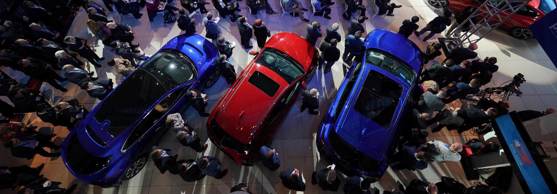 Sắp hết ưu đãi 50% phí trước bạ, ô tô tăng giá, cắt khuyến mãi?