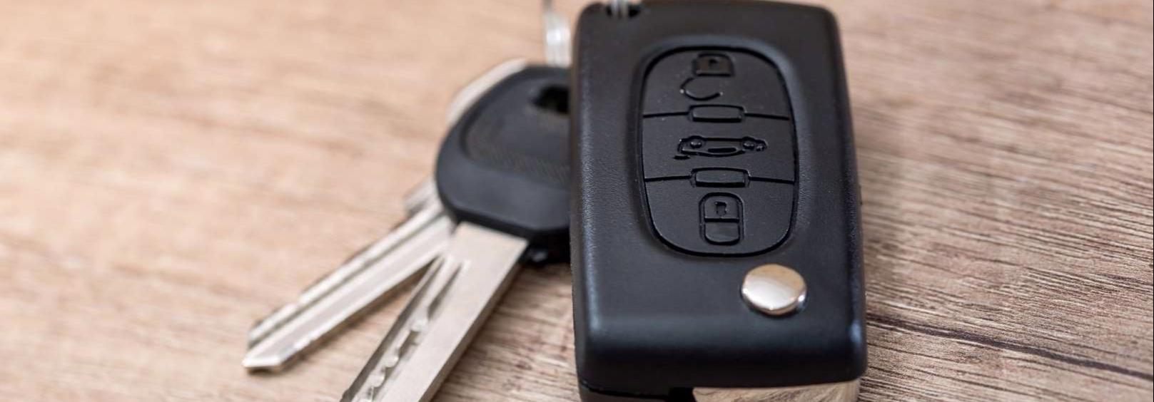 Có nên để chìa khóa ô tô chung với nhiều loại chìa khóa khác?