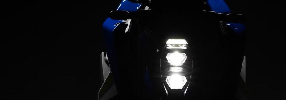 """Suzuki """"nhá hàng"""" GSX-S1000 đời 2022"""