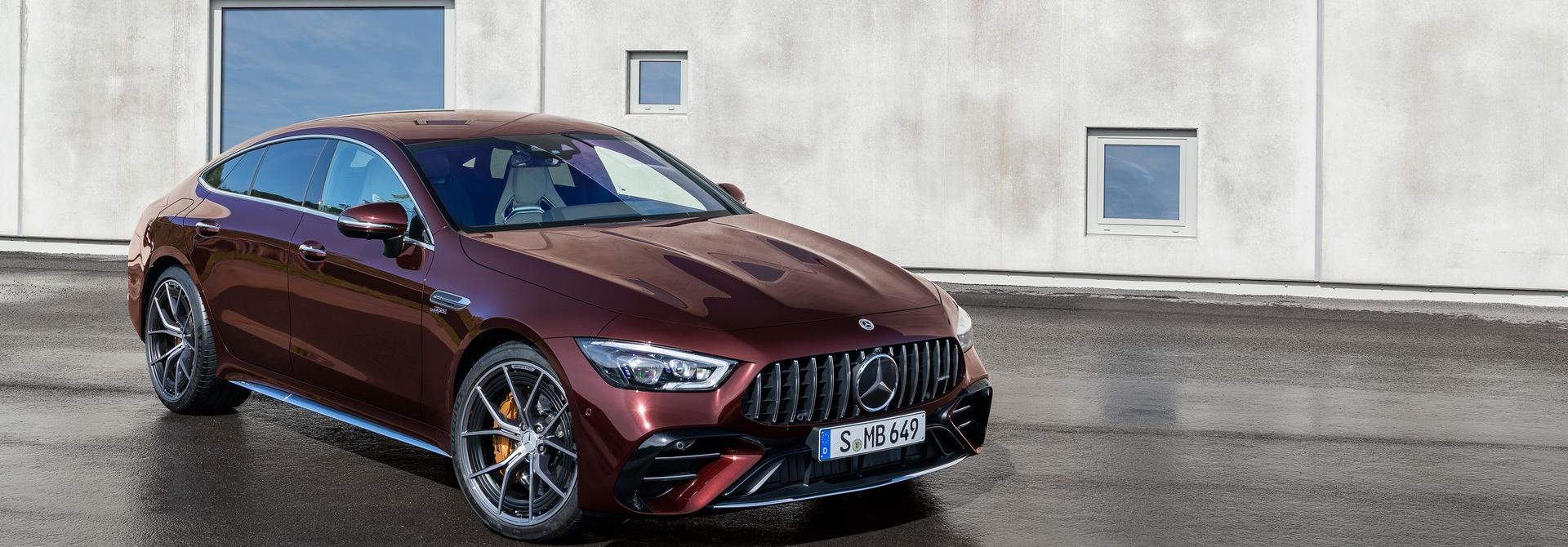 Mercedes-AMG GT 4 cửa Coupe 2022 Facelift: Nâng cấp tinh tế, tăng tính thực dụng