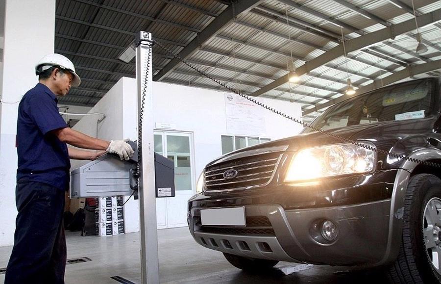 Từ 1/10, đi đăng kiểm ô tô không phải xuất trình bảo hiểm