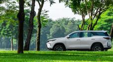 Toyota bán nhiều ô tô nhất từ đầu năm đến nay