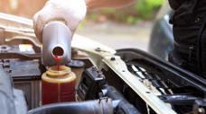 Những loại chất lỏng cần thiết bạn phải biết trên ô tô