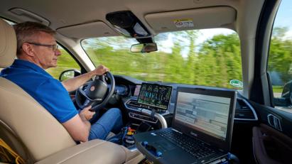 BMW i Hydrogen Next chạy pin hydro lộ diện trên đường - Ảnh 7
