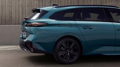 Peugeot 308 SW 2022 ra mắt: Trục cơ sở dài hơn, khoang hành lý 608 lít - Ảnh 2
