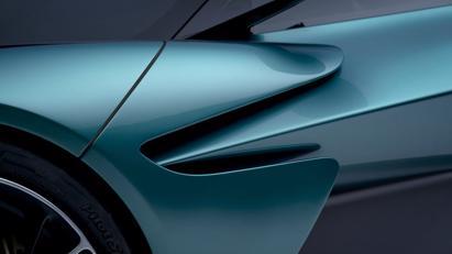 Aston Martin Valhalla bản thương mại trình làng: Siêu phẩm công suất 950 mã lực - Ảnh 8