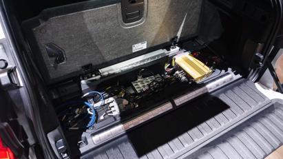BMW trình diễn mẫu SUV chạy pin nhiên liệu hydro iX5 tại triển lãm Munich - Ảnh 8