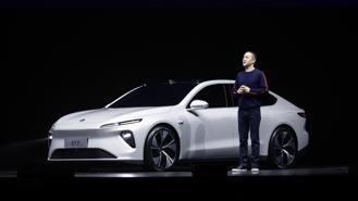 Mô hình thuê pin của VinFast và những cách bán xe điện độc đáotrên thế giới