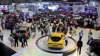 Thị trường ô tô Việt lao dốc