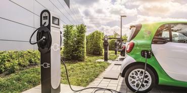 Quốc gia đầu tiên yêu cầu mọi ngôi nhà đều phải trang bị bộ sạc ô tô điện