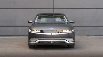 """Chiến lược bán xe điện """"có một không hai"""" của Hyundai"""