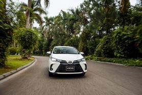 Toyota Vios đứng số 1 phân khúc B, Corolla Cross vượt mốc 10.000 xe