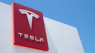 Ấn Độ sửa đổi kế hoạch, khuyến khích sản xuất xe điện, chào đón Tesla