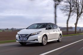 """Nissan Leaf 2025 thế hệ thứ ba sẽ """"cải tổ"""" thành SUV"""