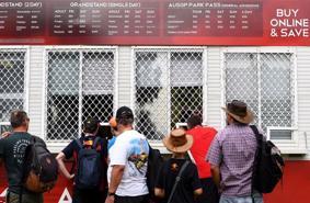 Chặng đua F1 Australia chính thức bị hủy vì dịch Corona