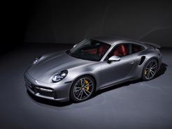 Porsche 911 Turbo S 2021 mạnh nhất thế giới ra mắt