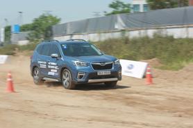 Thử thách vượt địa hình với Subaru Forester và Outback