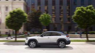 Xe Mazda đồng loạt giảm giá sốc, cao nhất 120 triệu đồng