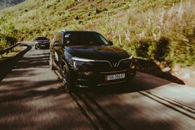 Top xe SUV 7 chỗ tiết kiệm nhiên liệu nhất: bất ngờ với VinFast Lux SA