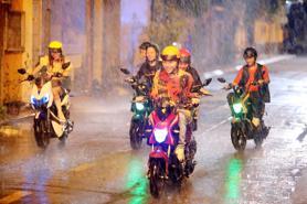 Người đi xe máy điện sắp phải mua bảo hiểm trách nhiệm dân sự bắt buộc?
