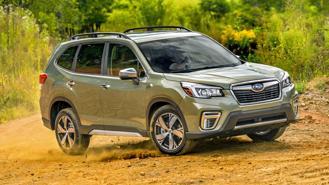 Triệu hồi Subaru Forester vì … đai ốc xiết không chặt