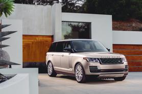 Cuối năm, giá nhiều ô tô giảm cả trăm triệu đồng