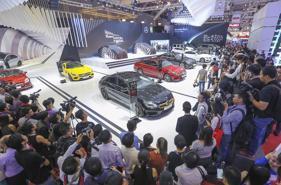 Thị trường ô tô tháng 12: Tăng trưởng đột phá!