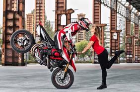 Bảng giá bán lẻ xe mô tô Ducati cập nhật tháng 2 năm 2020
