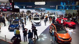 Đầu năm mới, sức mua ô tô giảm thê thảm