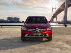 Cận cảnh Mercedes GLC 200 và GLC 200 4Matic mới 2020