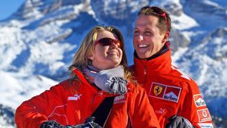 Vì sao F1 giữ bí mật về tình trạng của huyền thoại Michael Schumacher?