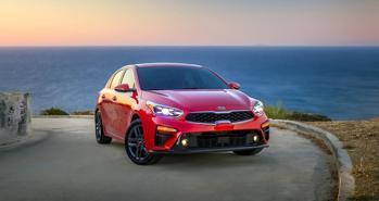 Bật khỏi top xe bán chạy: Tiếng chuông báo động cho Kia?