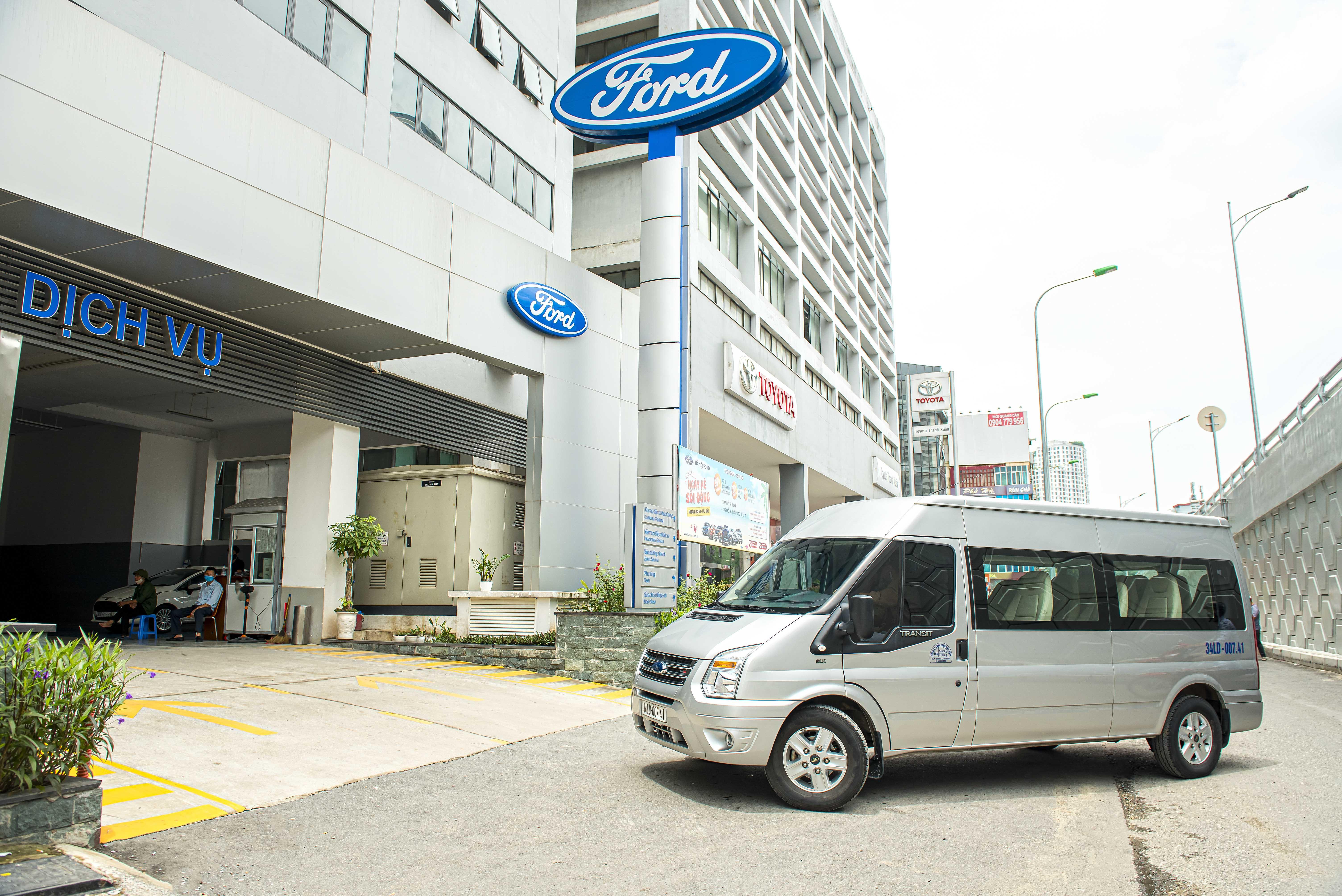Dòng xe thương mại Ford Transit vừa được mở rộng chế độ bảo hành lên 200.000km hoặc 3 năm tùy điều kiện nào đến trước, chương trình được áp dụng cho tất cả các xe Ford Transit bán ra từ ngày 01/04/2021.