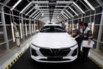 Người Việt đã mua gần 16.000 ô tô VinFast trong 6 tháng đầu năm