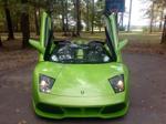 Hàng loạt xe Ferrari, Lamborghini, Bugatti bị nhái và rao bán online