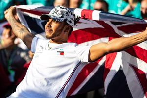 """Tiết lộ mức lương năm 2020 của 20 tay đua F1, Lewis Hamilton thu nhập """"khủng"""""""