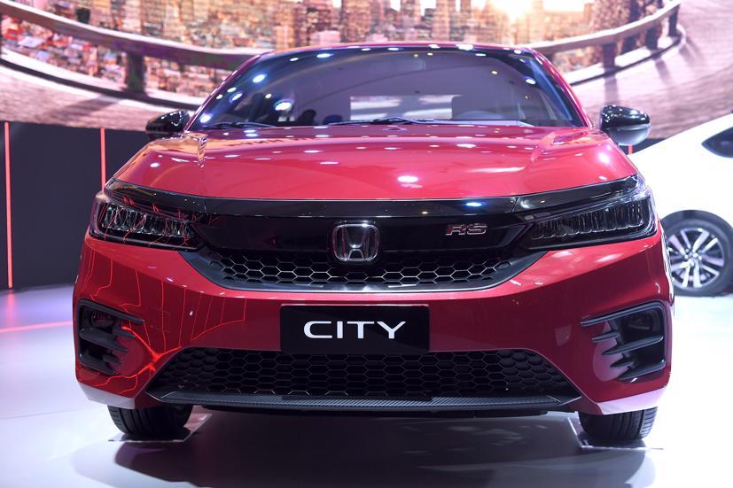 Tuy ra mắt đầu tháng 12/2020 nhưng phải sang tháng 1/2021, Honda City mới được giao tới khách hàng