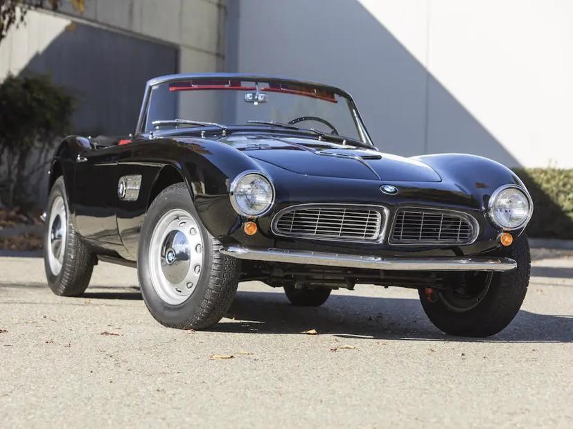 Chỉ có 253 chiếc được bán ra, điều này khiến choBMW 507 Roadster trở thành một dòng xe hiếm.