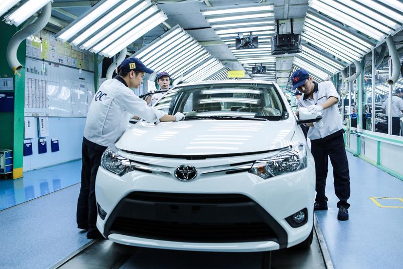 Thị trường ô tô Việt Nam ghi nhận mức giảm kỷ lục kể từ 1995 - Ảnh 1