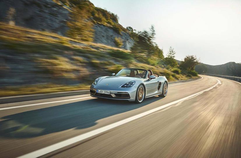Porsche Boxster ra phiên bản kỷ niệm 25 năm - Ảnh 3