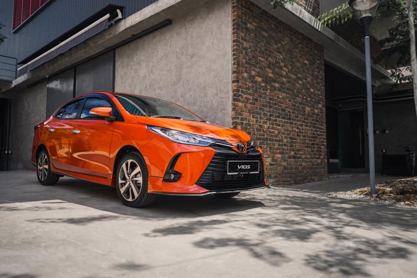 Mẫu xe sedan hạng B bán chạy nhất thị trường Việt Nam Toyota Vios bắt đầu được các đại lý nhận đặt cọc đối với phiên bản mới nhất 2021.