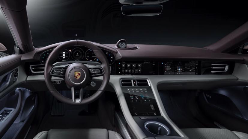 Porsche Taycan ra mắt xe điện giá rẻ - Ảnh 4