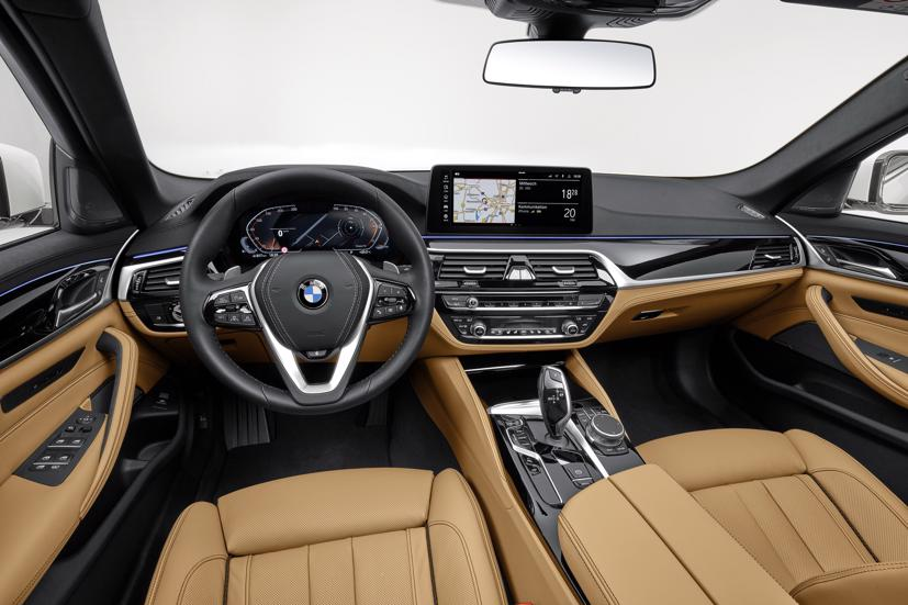 BMW 320e và 520e đời 2021 được ra mắt, giá từ 57.400 USD - Ảnh 2