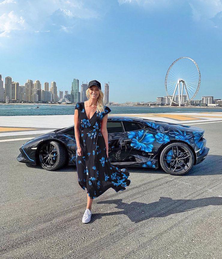 Khám phá bộ sưu tập siêu xe của Supercar Blondie - Ảnh 4