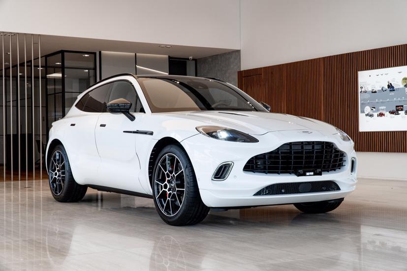 Aston Martin DBX - siêu SUV giá gần 16,7 tỷ đồng - Ảnh 1