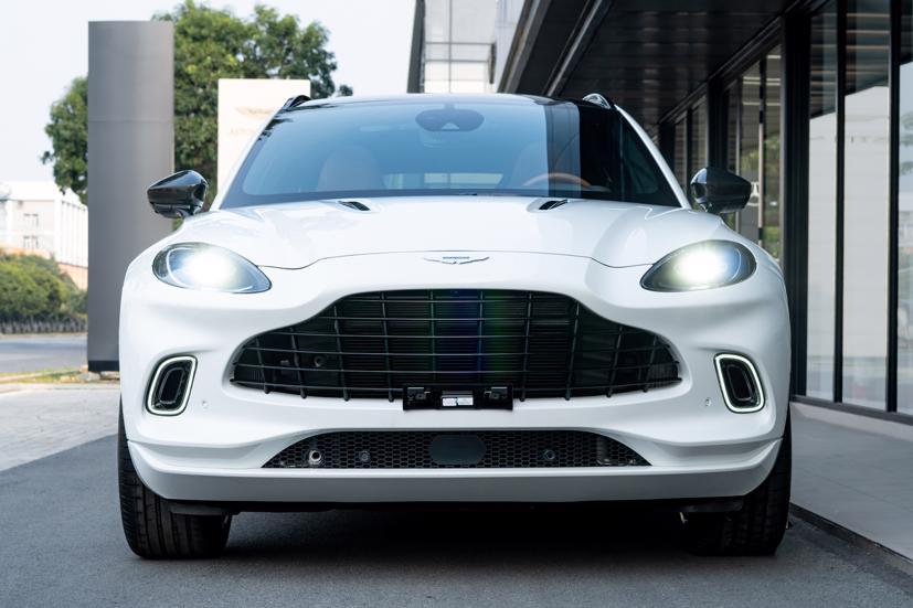 Aston Martin DBX - siêu SUV giá gần 16,7 tỷ đồng - Ảnh 2