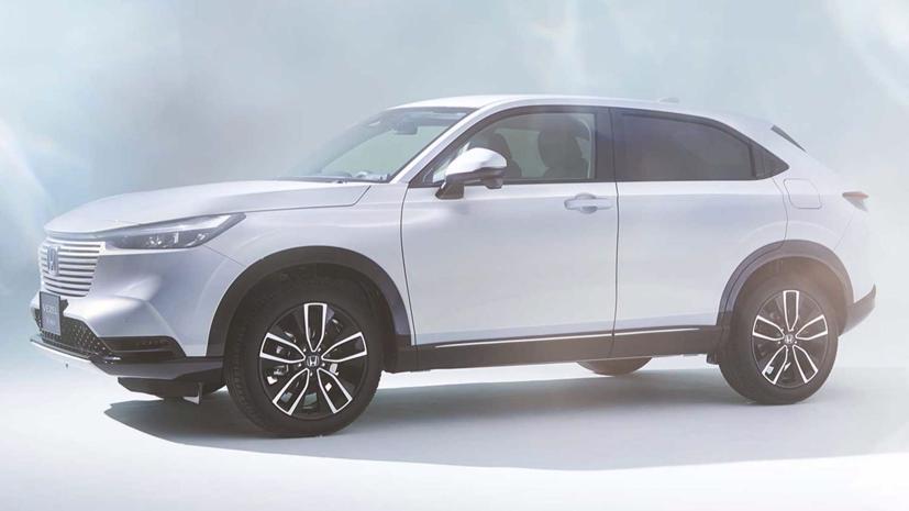 Honda vừa giới thiệu thế hệ thứ ba của mẫu crossover HR-V tại Nhật Bản. Theo thông tin, các thị trường toàn cầu phần lớn sẽ nhận được phiên bản Honda HR-V này