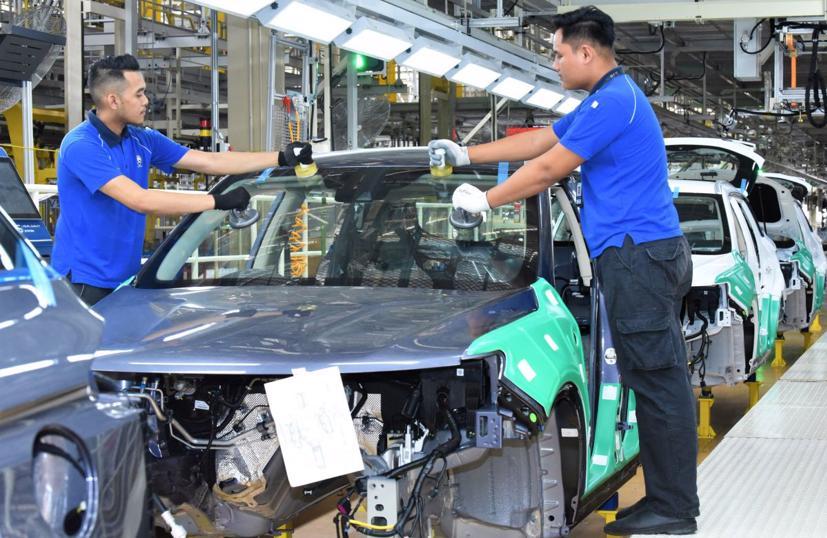 Cuộc đua phát triển xe điện của các nước ASEAN đang diễn ra như thế nào? - Ảnh 1