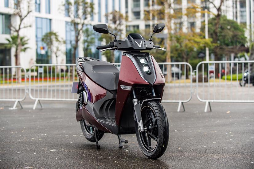 Thông tư 04/2021/TT-BTC về bảo hiểm bắt buộc trách nhiệm dân sự của chủ xe cơ giới chính thức có hiệu lực từ 1/3/2021, do đó, người dùng xe máy điện sẽ phải mua bảo hiểm bắt buộc trách nhiệm dân sự
