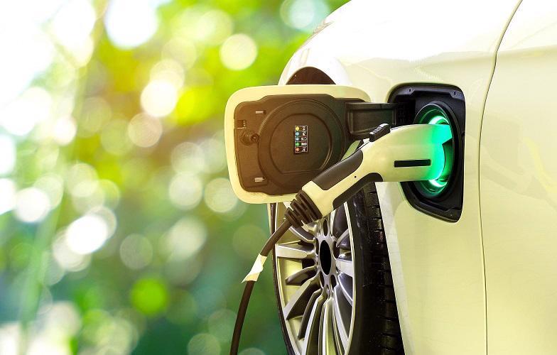 Trước khi mua một chiếc xe điện, bạn cần có một số cân nhắc.
